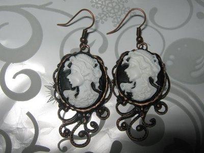 orecchini cameo stile vittoriano