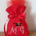 LAUREA  sacchetti per confetti ricamo punto croce tela aida rossa