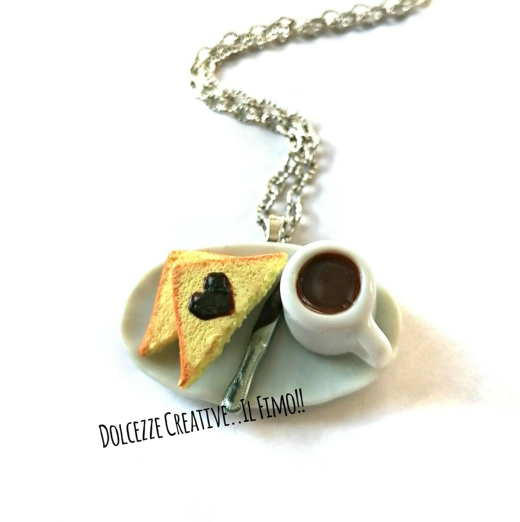 Collana colazione con pane con cioccolato a forma di cuore e cioccolata calda - idea regalo kawaii miniature