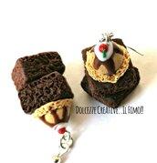 Orecchini brownies al cioccolato con gelato alla nocciola, panna e ciliegie - idea regalo kawaii handmade