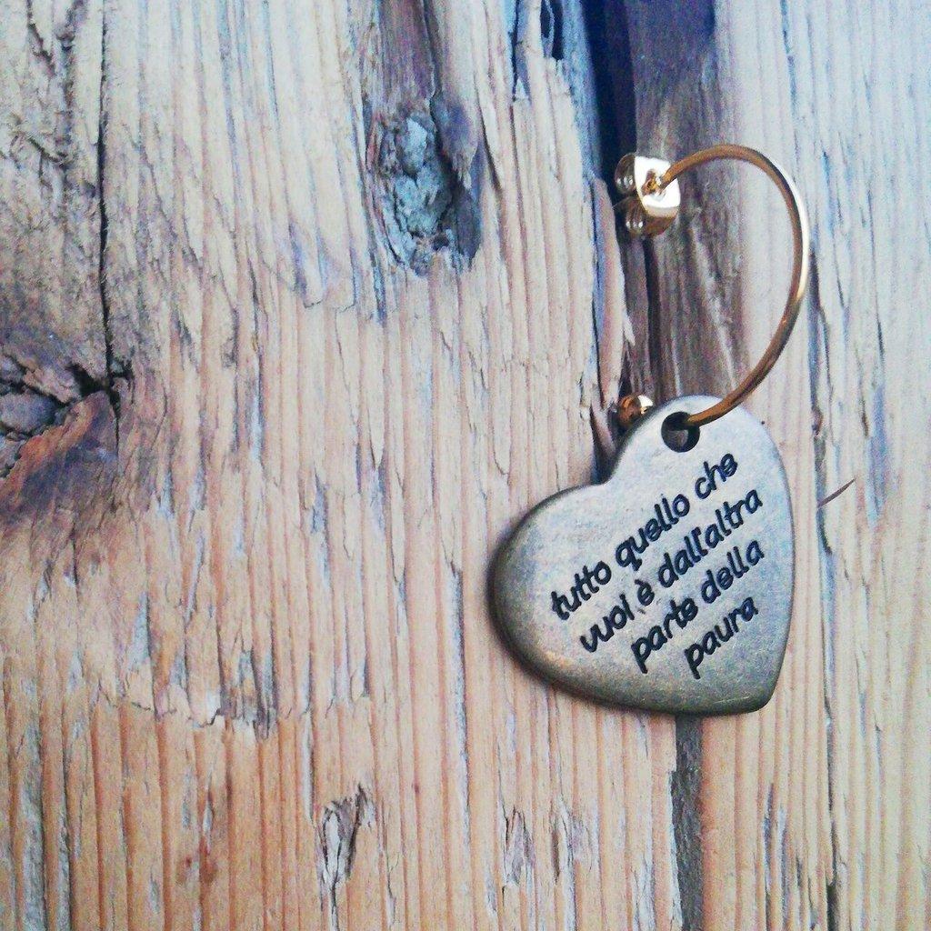 Cerchietti in acciaio con cuore in rame con scritta