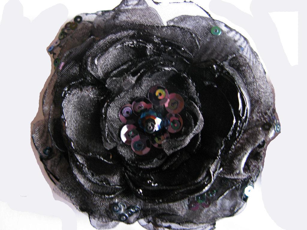 Fiore in organza nero