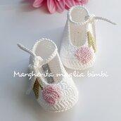 Scarpine/ballerine bianche in cotone con tulipano rosa - bambina - Battesimo - uncinetto