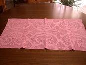 Centrino rettangolare rosa
