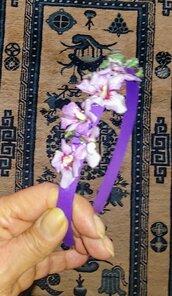 CERCHIETTO PER CAPELLI viola con ramage di fiorellini color glicine