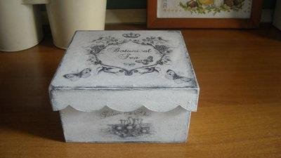 Scatola Contenitore porta tè  tisane in legno Regalo amante tè tisane Pezzo unico