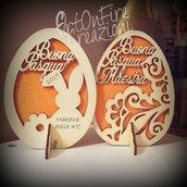 Uovo Pasqua decorazione in legno. Home decor pasquale con incisione personalizzata