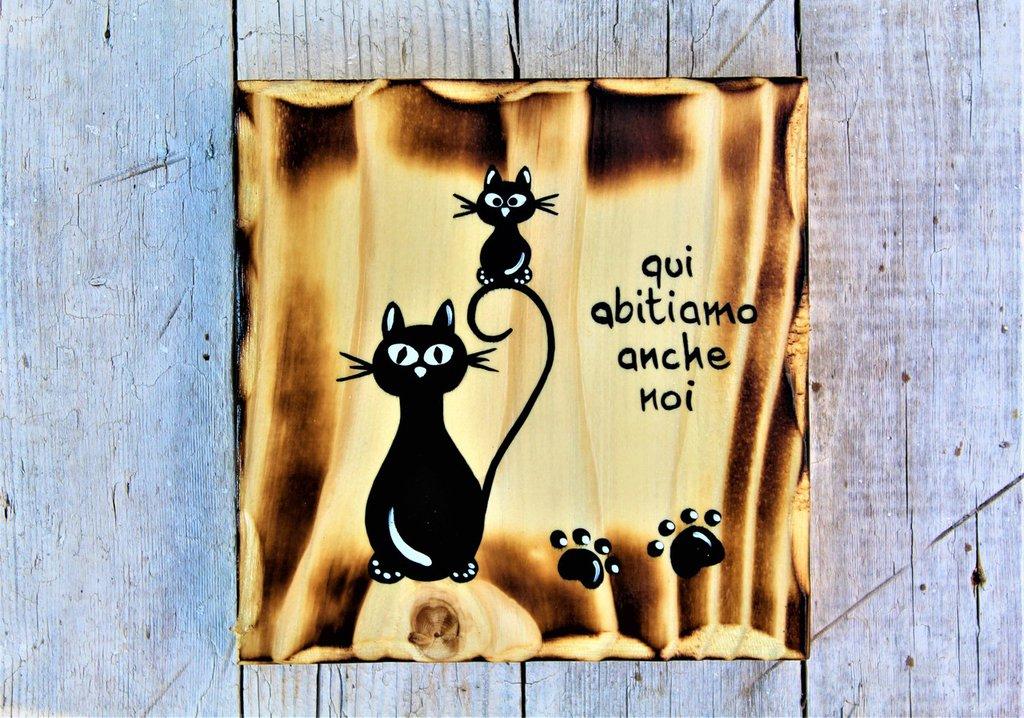 Targhetta in legno con gatto e gattino