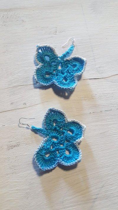 Orecchini di cotone ad uncinetto a Farfalla