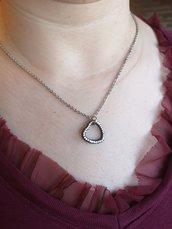 Collana acciaio inossidabile con charm, ciondolo cuore con brillantini.