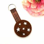 Portachiavi a biscotto Pan di stelle morbido in feltro fatto a mano