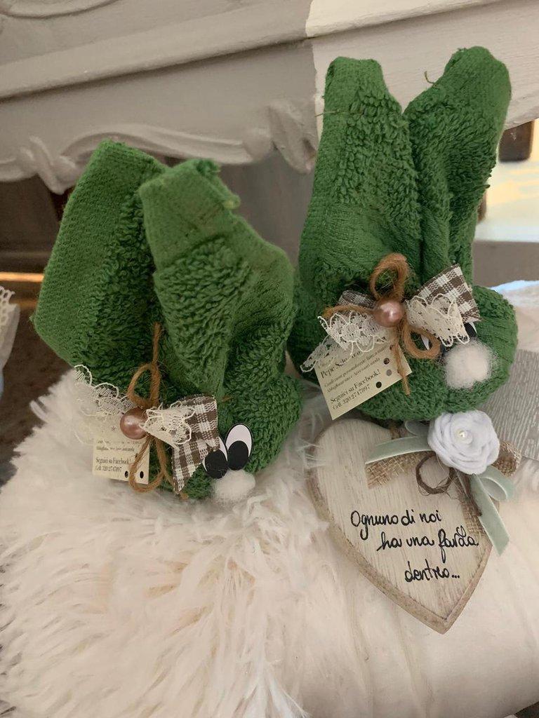 Asciugamano spugna a forma di coniglio