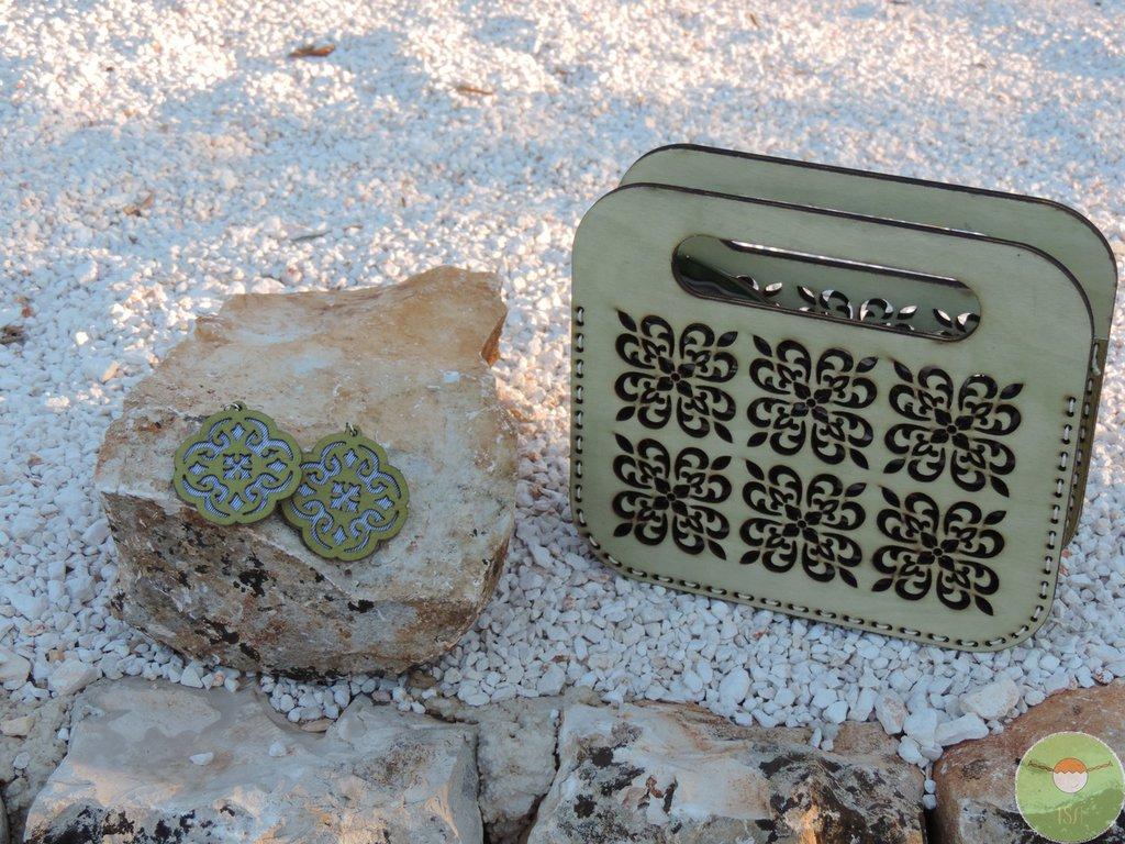 Orecchini in pelle e cotone, orecchini  in materiale recuperato, Cementine, Orecchini artigianali