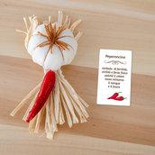 Gadget portafortuna aglio e peperoncino, 10 x 4 cm