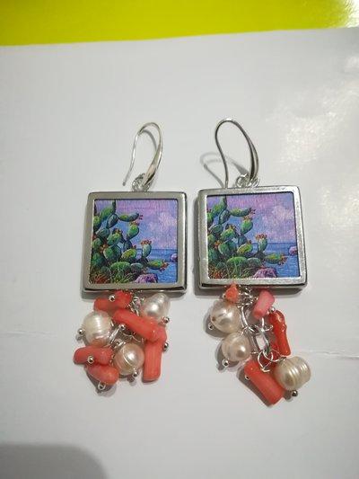 Orecchini fichi d'India maiolica perle corallo