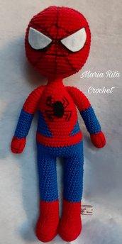 Pupazzo Spider-man amigurumi