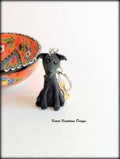 Portachiavi cane levriero personalizzato con nome su un charm a forma di osso, idea regalo per amanti dei levrieri