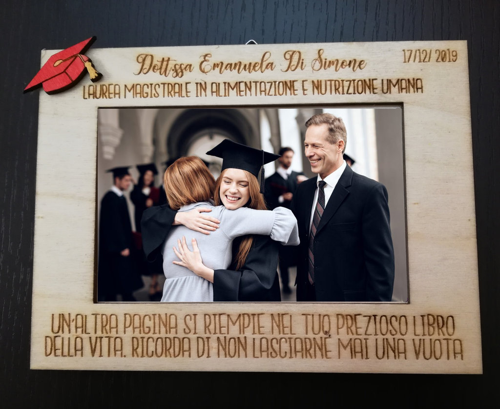 Cornice portafoto ricordo di Laurea in legno con incisione personalizzata