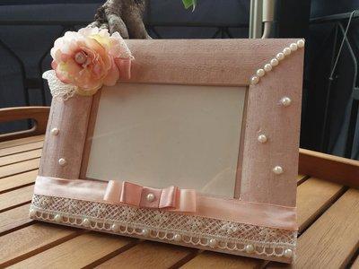 Portafoto con rosa e pizzo