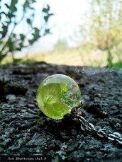 Sfera in resina ortensia verde