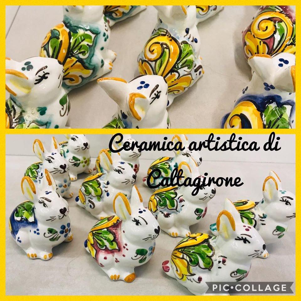coniglietti in ceramica di Caltagirone