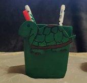 Portapenne in legno per bambini tartaruga