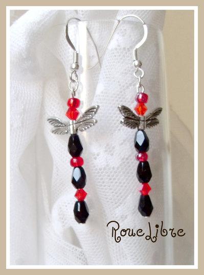 """boucles d'oreilles  """" Libellules rouge/noires """""""