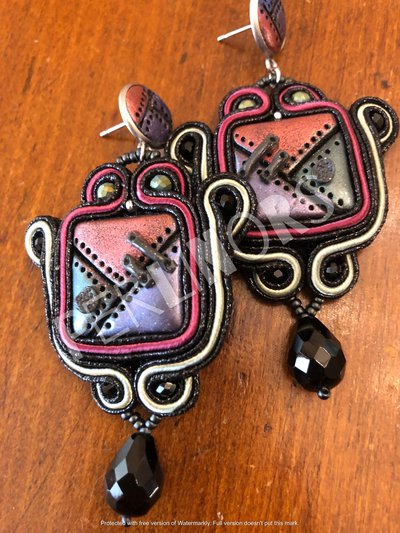 Orecchini Steampunk in soutache e perline