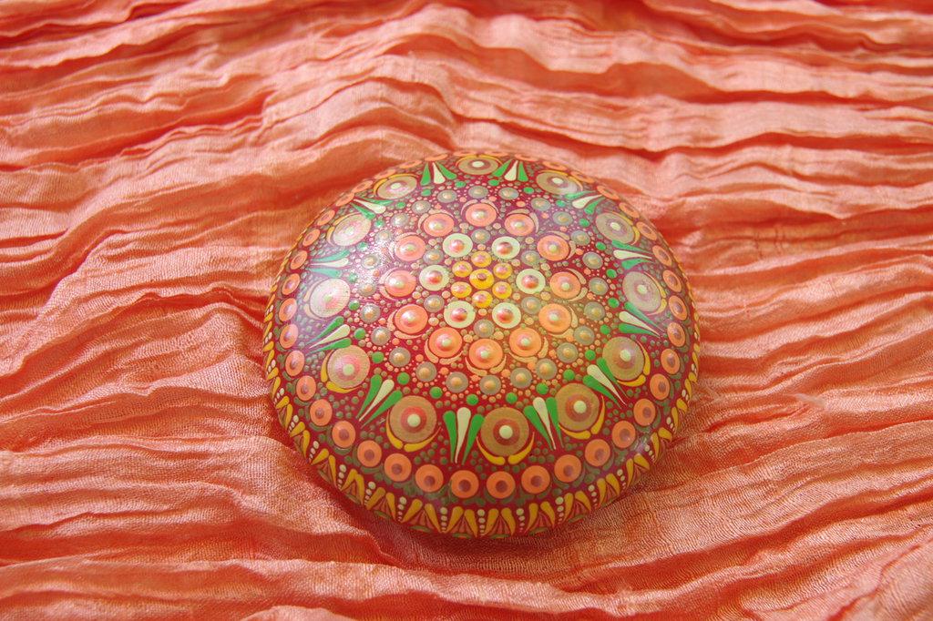 """Pietra mandala per meditazione """"I colori della terra"""""""
