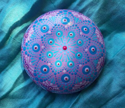 """Pietra mandala per meditazione """"Felicità blu e rosa"""""""
