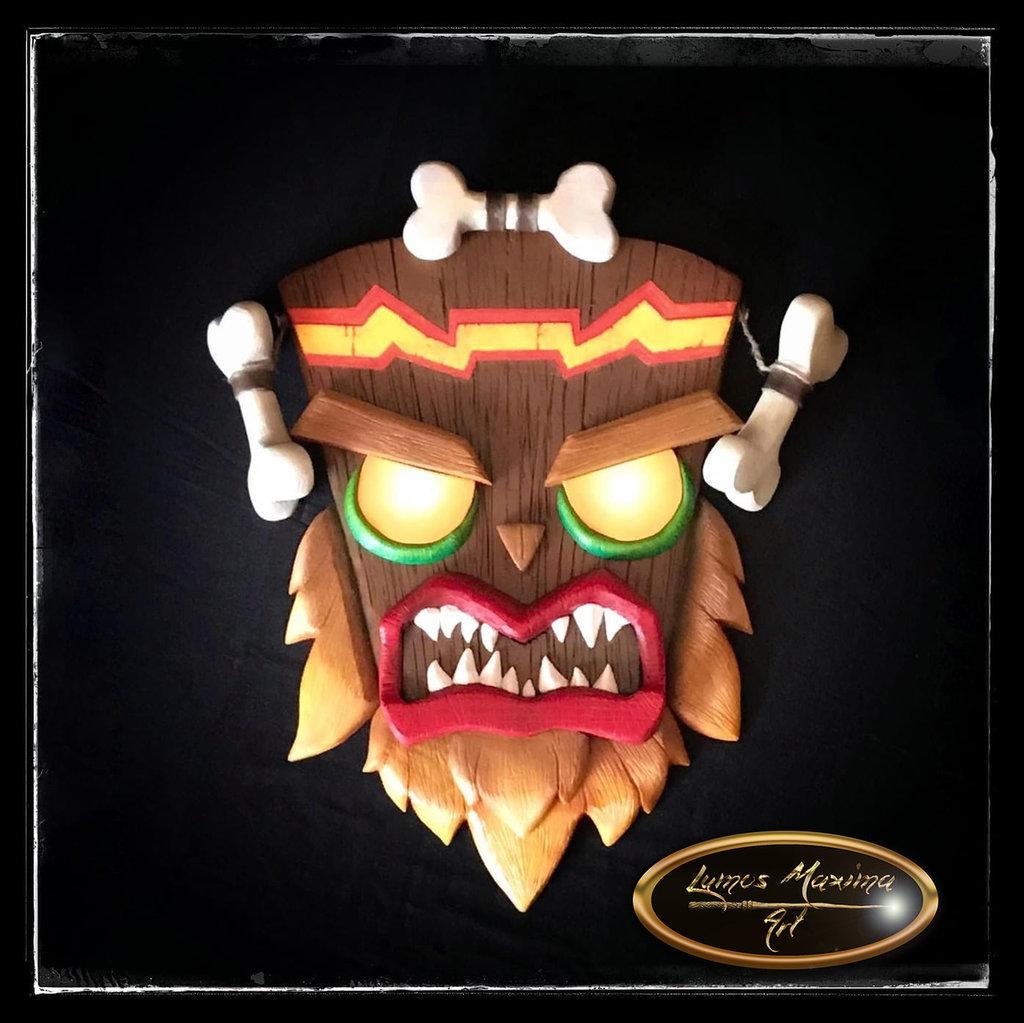 Maschera Uka Uka Crash Bandicoot