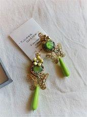 """Orecchini pendenti a perno verdi e rosa a soutache """"Flower Garden"""""""