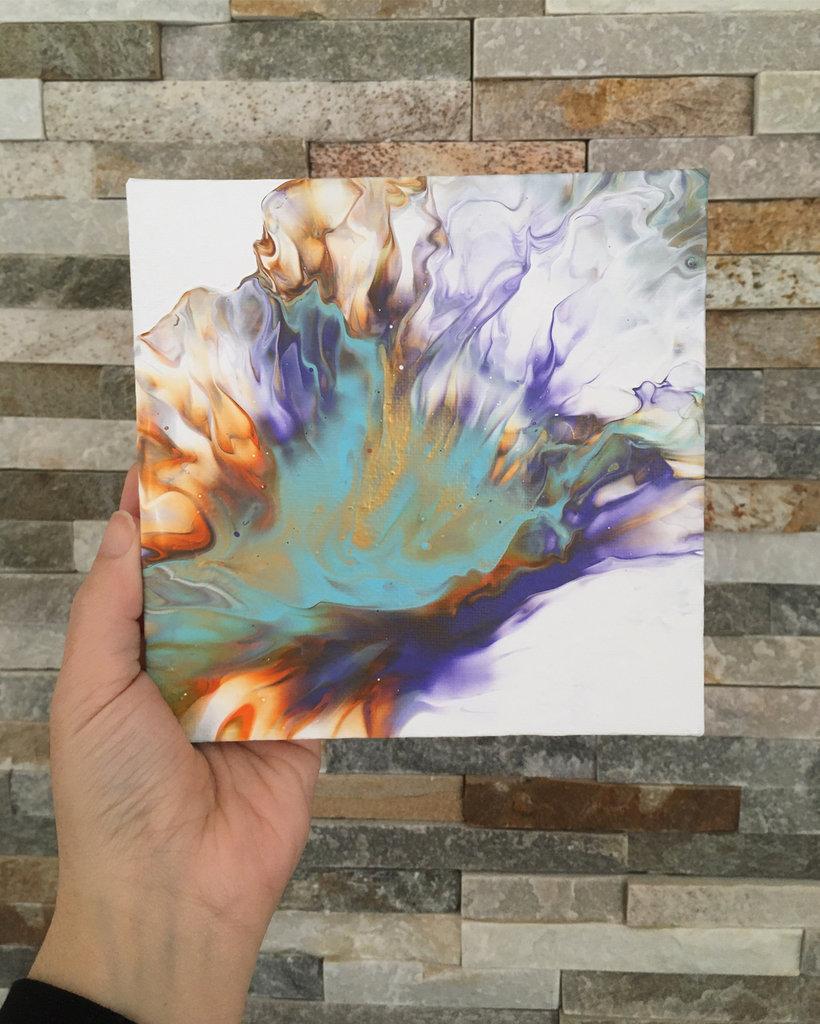 Quadretto da appendere realizzato con la tecnica fluid painting