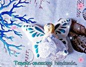 Farfalla con bimba realizzati in gesso ceramico