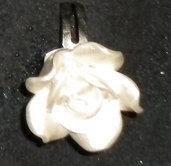 Anello rosa bianca