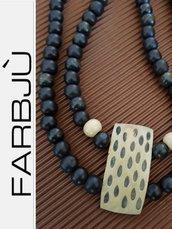 Collana artigianale doppio filo  a girocollo con perle di legno