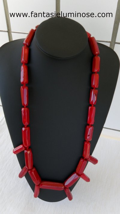 collana lunga di corallo bamboo