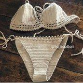 Bikini in cotone uncinetto color grigio perla