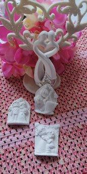 Sposi - sposini  - coppia in cornice  in gesso ceramico profumato per il fai da te