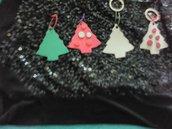 """Portachiavi natalizi """"Alberi di natale"""" in cuoio"""