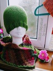 Scaldacollo ad uncinetto per donna, in lana, fatto a mano.