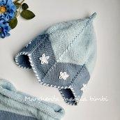 Berretto/cappello bambina a campanella fatto a mano in cotone