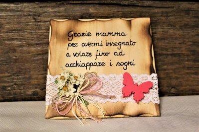Targhetta in legno farfalla rosa festa della mamma