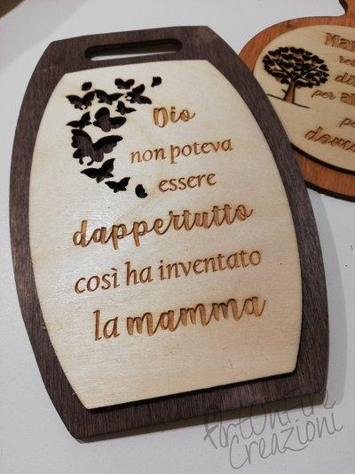 Tagliere in legno con incisione personalizzata