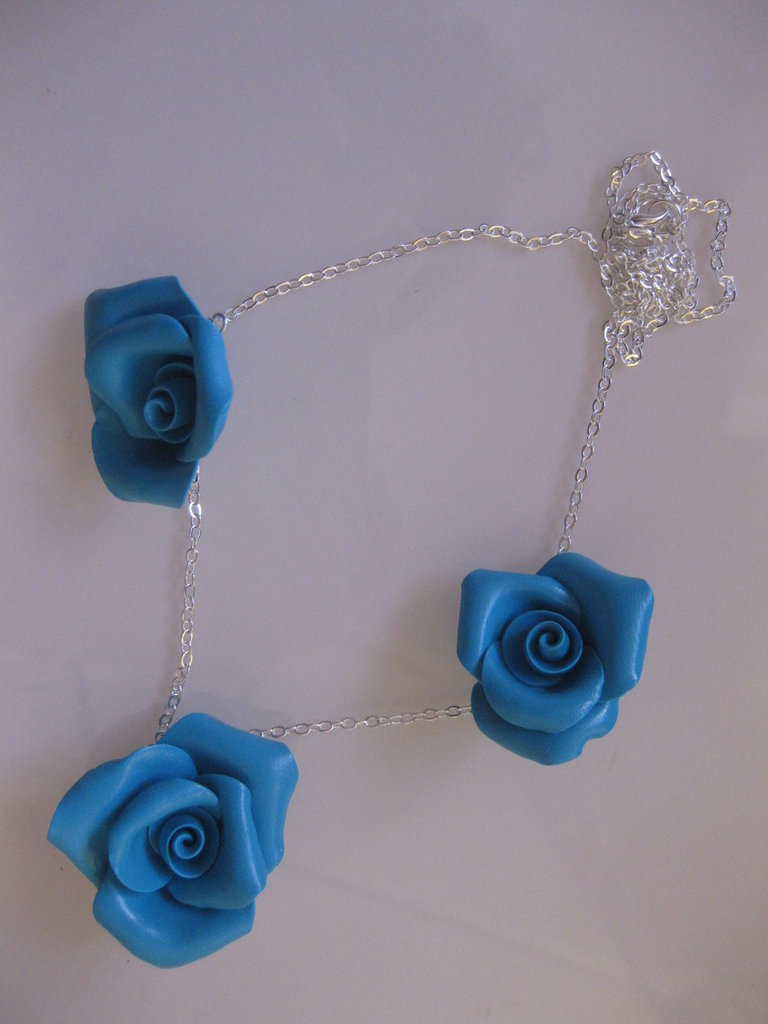 collana rose turchesi