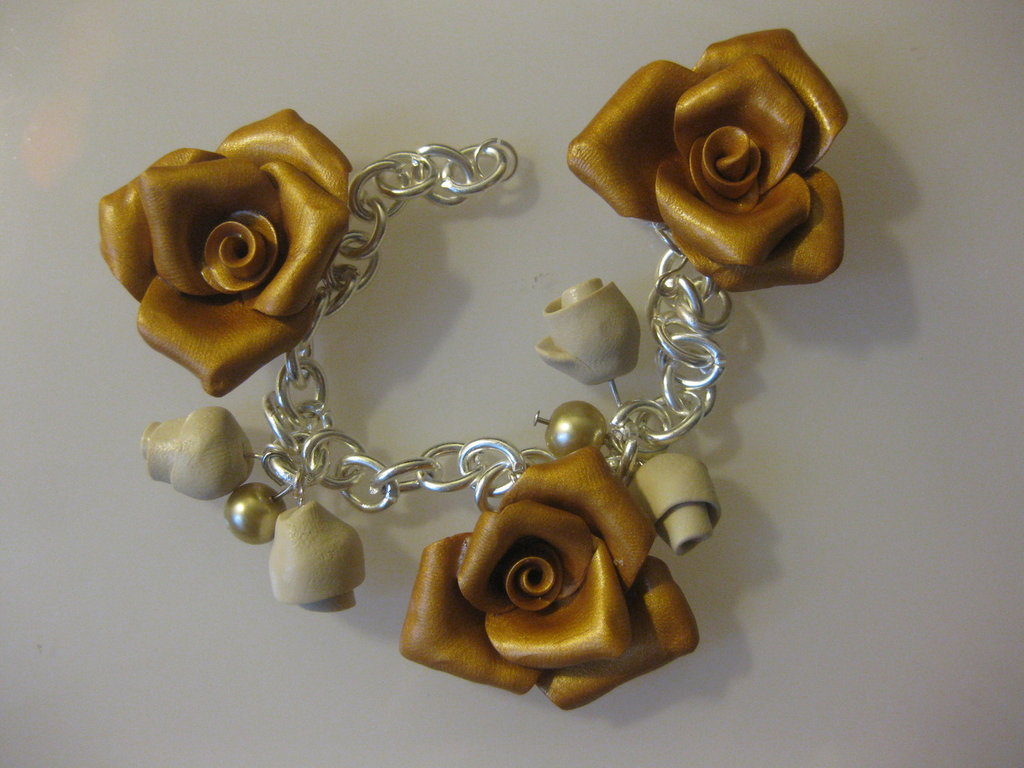 braccialetto roselline