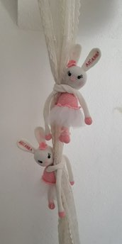 Coppia conigliette ballerine fermatenda.