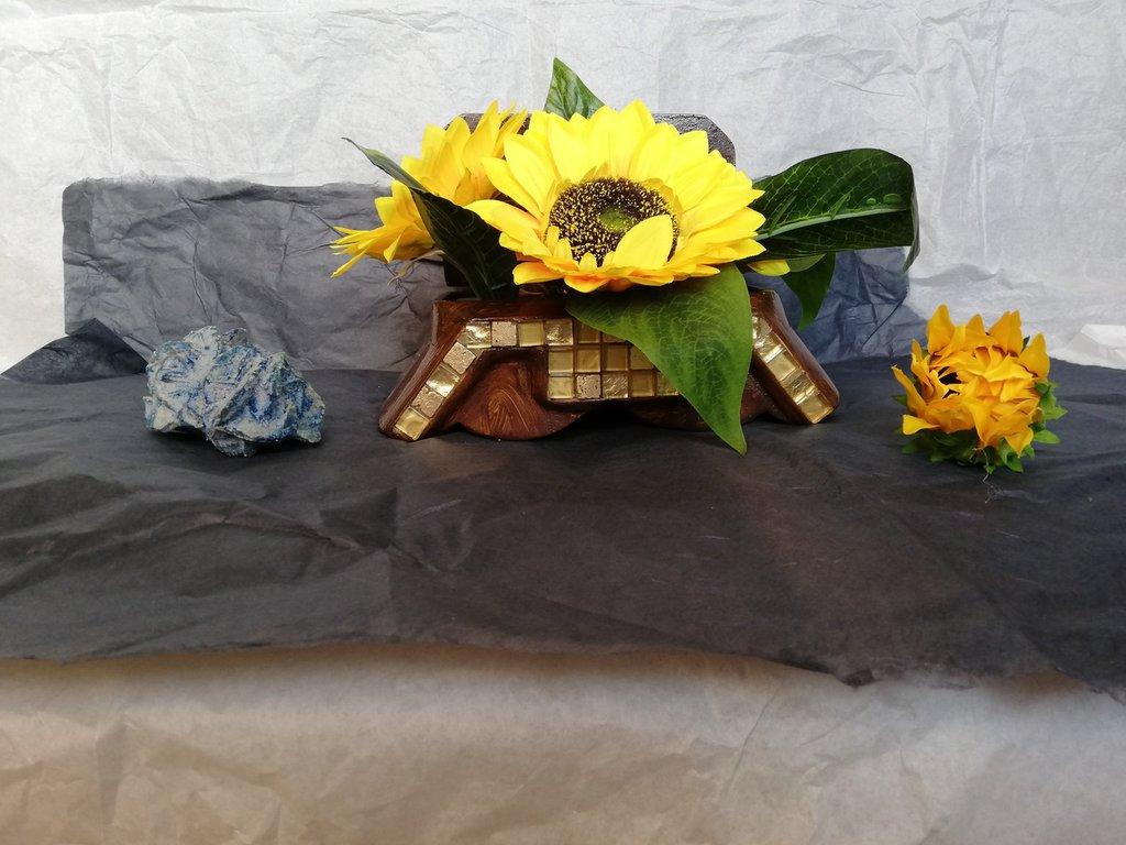 Cofanetto in legno decorato con i girasoli