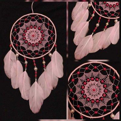Acchiappasogni con disegno rosa e perline