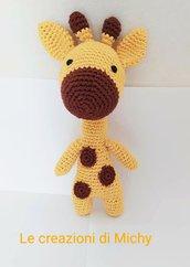 Pupazzo giraffa uncinetto